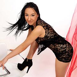 Samira Supermodel Escort Berlin for lesbian games book a 24 hour appointment via escort agency