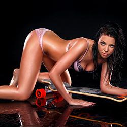 Xenia_2 Escort Dreamgirl Berlin für versauten Striptease sowie Sexkontakte heute noch buchen
