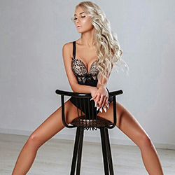 Top model Kati in Berlin Top sex escort service in the hotel house
