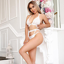 Mioka_Asien High Class Escort Lady Frankfurt for vibrator games (passive) and erotic sex adventures make an appointment immediately