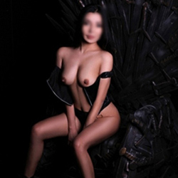 Hannah_2 She is looking for a man escort Frankfurt to meet the truck, car with escort service today