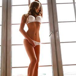 Ola escort whore in Frankfurt FFM top figure is looking for a one night stand in the motel