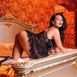 Barbara mature escort hooker in Frankfurt loves new sex practices