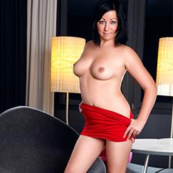 Datscha Hübsche Escort Model Erotische Körper Nutten Huren Sex Service Berlin