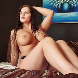 Meet Yasna Supermodel Escort Berlin anonymously for pee service via sex singles search