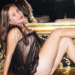 Beginner model Alicia offers discreet escort service with sex in Berlin