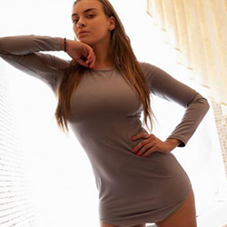 Friis Top Escort Model Bonn for excess men 30 min. 1 man with discreet Poppen make an appointment 24 hours a day