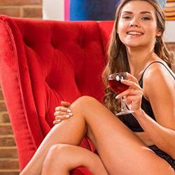 Yolande Escort Callgirls Leverkusen für Fusserotik über Sex Erotik Anzeigen anonym bestellen