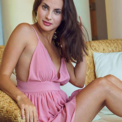 Meet Lenya escort lady Aachen for egg licking during home visits 24 hours