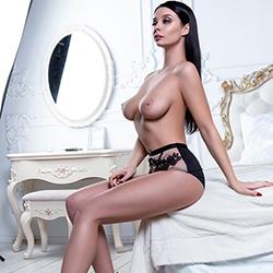 VIP Star Escort Lady Asta Sex diskret in Berlin