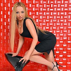 Pam_Roska Escort Topmodelle Berlin für Umschnalldildo Service über Sextreff heute noch bestellen