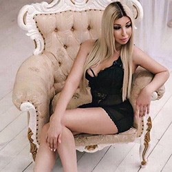 Marina_Hot Escort companion Wuppertal for traffic in straps & high heels with escort service discreetly book an appointment