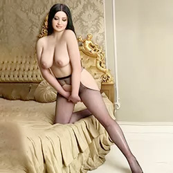 Amalia Escort mistress Bonn book for testicle licking in the apartment immediately