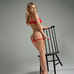 Book Jasmine Escort Hobby Whore Cologne for cheap sex offers and flirting anonymously
