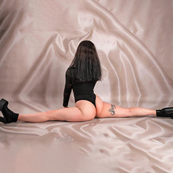 Magdalena Sweet Escort private hooker Aachen for oral sex with protection and instantly book a sex date at short notice