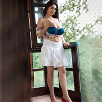 Karina Sweet She is looking for him Escort Berlin for French kisses with sympathy for the hotel book at short notice
